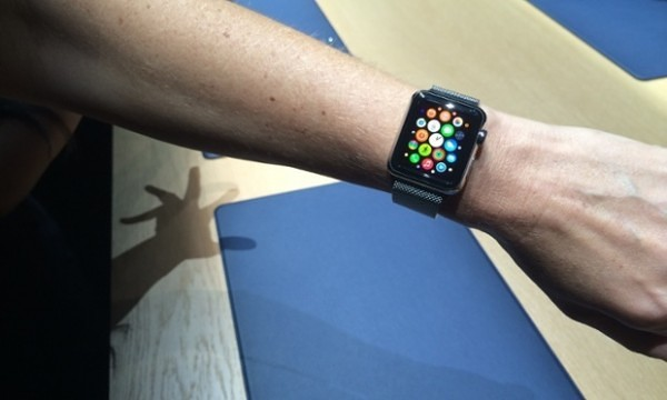 Apple-Watch-wrist