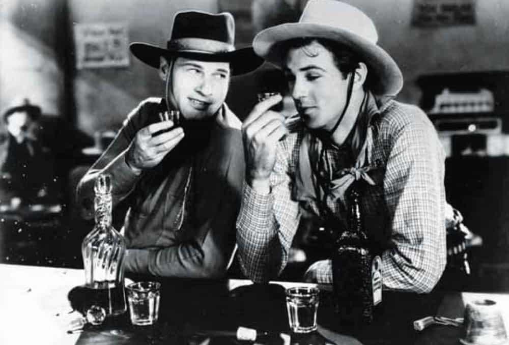 Cowboys-Bourbon-drinking