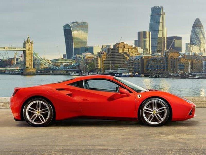 Ferrari-luxury-cars