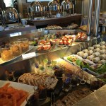 Hotel-Evian-L-Ermitage-brunch