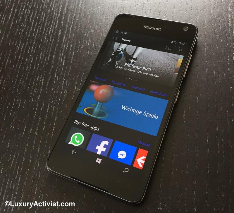 high-tech-reviews-Microsoft-Lumia-650