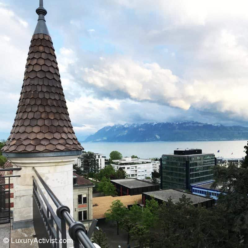 Royal-Savoy-SkyLounge-lake-view