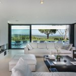 ST-TROPEZ-living-room-luxury-villas
