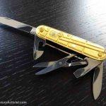 Swiss-Blog-Victorinox-climber-gold