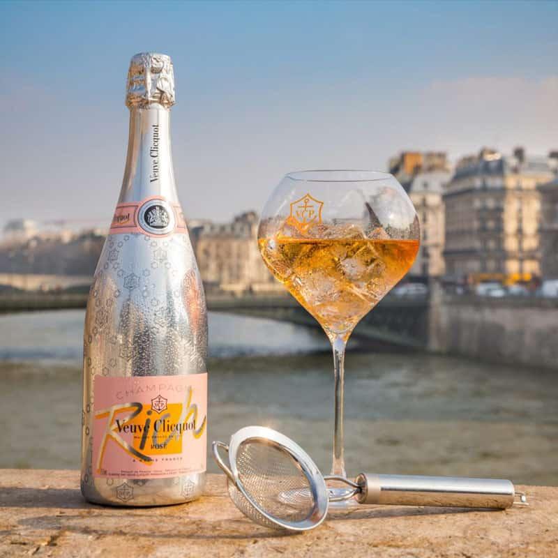 Veuve-Clicquot-Rich-Rose-champagne