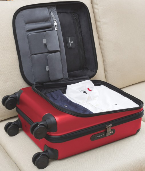 Victorinox-Spectra-2-carry-on-interior