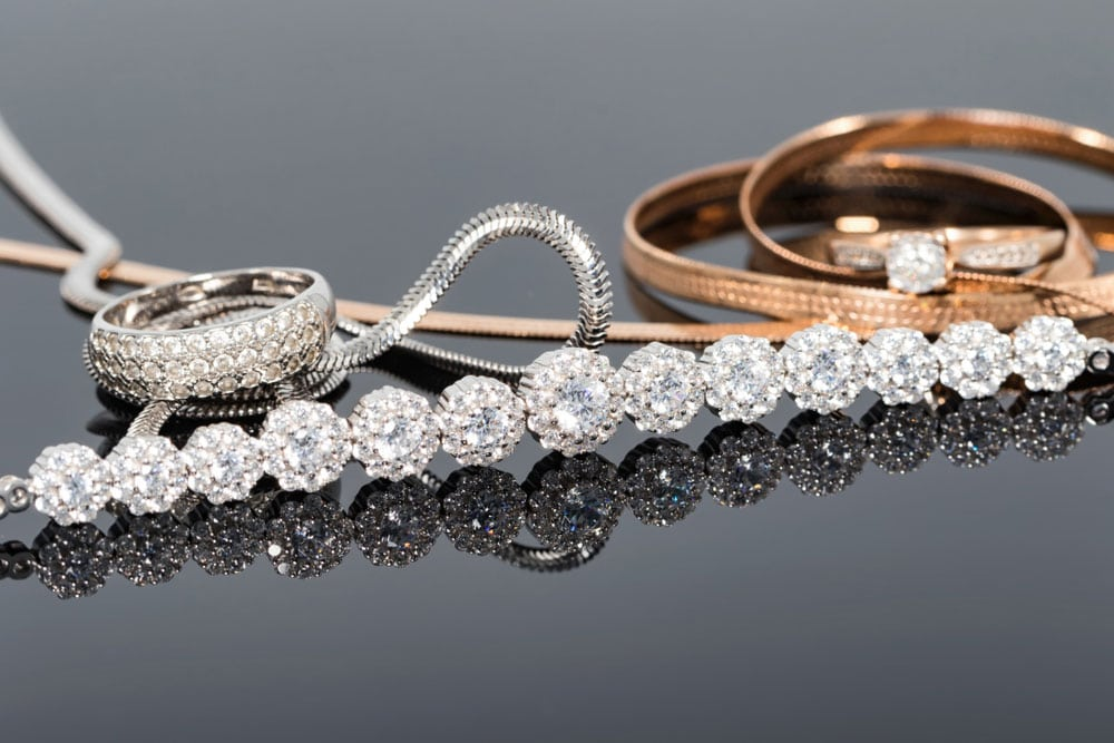 silver-and-gold-jewelry-guide