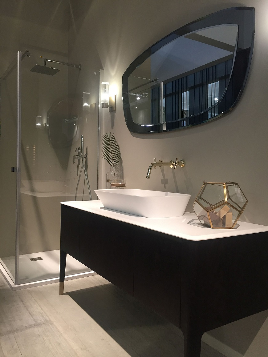 Luxury Bathrooms 9 Dashing Mirrors To Complete Your Dream