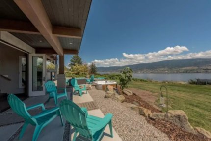 okanagan lake front concrete house airbnb 3