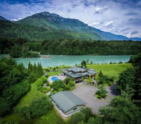 the sanctuary squamish airbnb 1