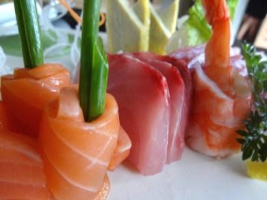 angela-asia-bali-luxury-travel-blog-best-sushi-train-in-seminyak-sushimi-32
