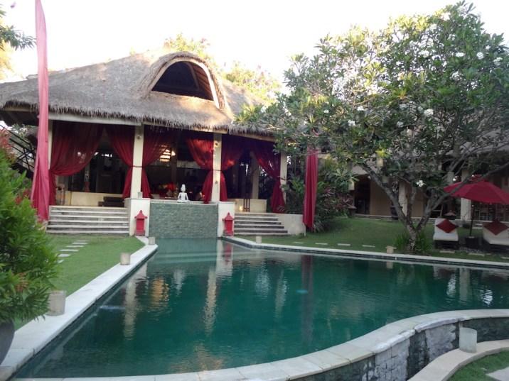 angela-asia-bali-luxury-travel-blog-best-bali-honeymoon-package-villa-mathis-romantic-seminyak-112