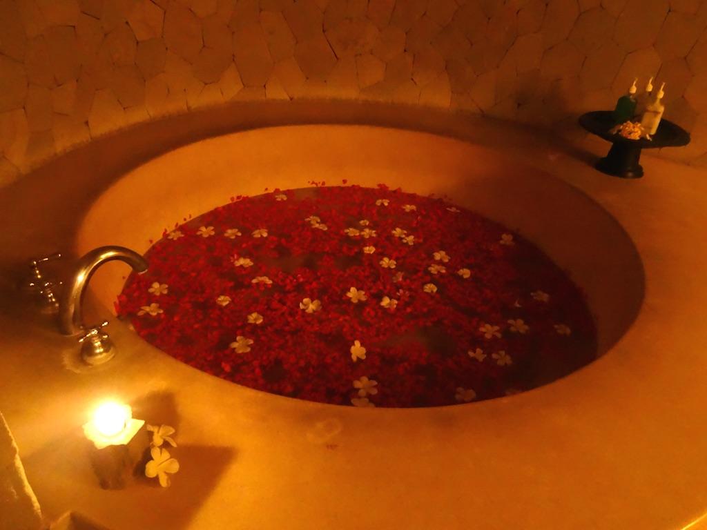 angela-asia-bali-luxury-travel-blog-best-bali-honeymoon-package-villa-mathis-romantic-seminyak-131