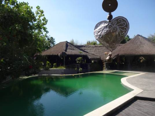 angela-asia-bali-luxury-travel-blog-best-bali-honeymoon-package-villa-mathis-romantic-seminyak-29
