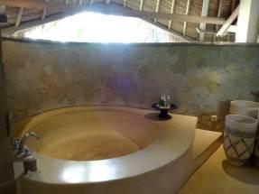 angela-asia-bali-luxury-travel-blog-best-bali-honeymoon-package-villa-mathis-romantic-seminyak-47