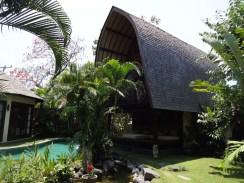 angela-asia-bali-luxury-travel-blog-best-bali-seminyak-lata-liana-villa-close-to-beach-44