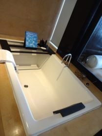 angela-asia-luxury-travel-blog-bali-best-seminyak-5-star-hotel-spa-on-beach-anantara-7