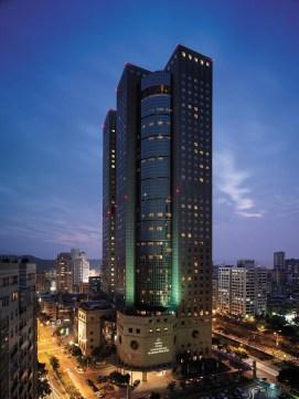 angelas-asia-luxury-travel-blog-shangri-la-taipei-best-5-star-luxury-hotel-1