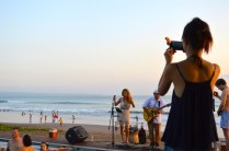 best-bar-sunset-session-on-the-beach-alila-seminyak-bali-angela-carson-luxury-bucket-list-2