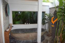best-private-villa-groups-seminayk-luxury-3-bedroom-the-bali-agent-angela-carson-28