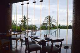 best-5-star-hotel-sheraton-kuta-beach-luxury-oceanfront-suites-video-review-16