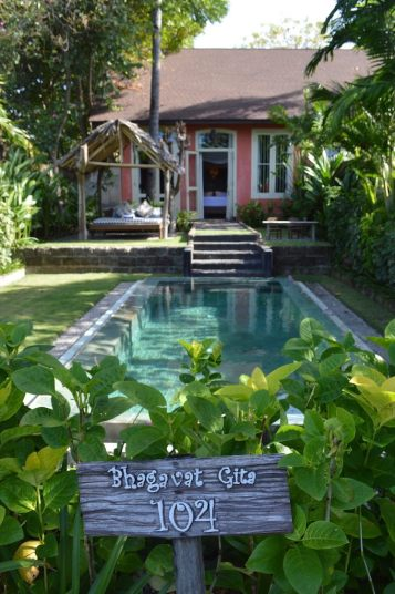 tugu-lombok-best-5-star-villa-beach-service-luxury-travel-blogger-angela-carson-13