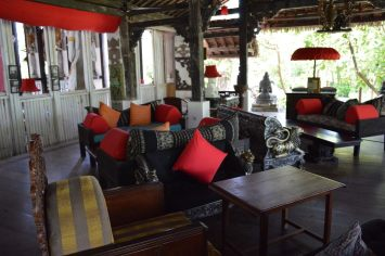 tugu-lombok-best-5-star-villa-beach-service-luxury-travel-blogger-angela-carson-39