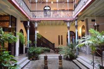 best-boutique-heritage-hotel-penang-the-blue-mansion-chinese-protected-by-unesco-cheong-fatt-tze-18