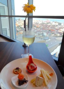 the-wembley-penang-best-4-star-boutique-hotel-club-lounge-rooftop-bar-sea-view-76