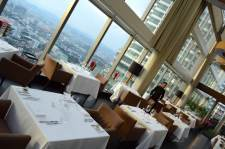 marinis-on-57-kuala-lumpur-best-rooftop-bar-restaurant-fine-dining-petronas-tower-view-angela-carson-15