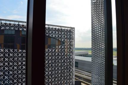 best-hotel-near-singapore-airport-crowne-plaza-changi-asia-luxury-travel-blogger-angela-carson-11