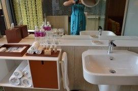best-hotel-near-singapore-airport-crowne-plaza-changi-asia-luxury-travel-blogger-angela-carson-6