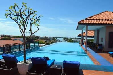 video-tour-casa-del-rio-malacca-best-5-star-luxury-hotel-melaka-angela-carson-malaysia-travel-blogger-6