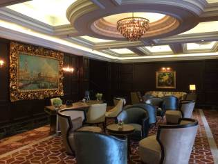 the-ritz-carlton-club-kuala-lumpur-best-executive-5-star-hotel-expat-angela-youtube-video-tour-21