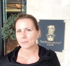 the-ritz-carlton-club-kuala-lumpur-best-executive-5-star-hotel-expat-angela-youtube-video-tour-33