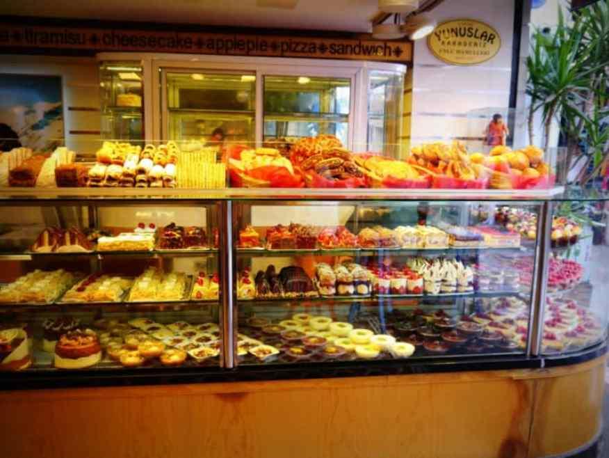 Cake shop Bodrum market
