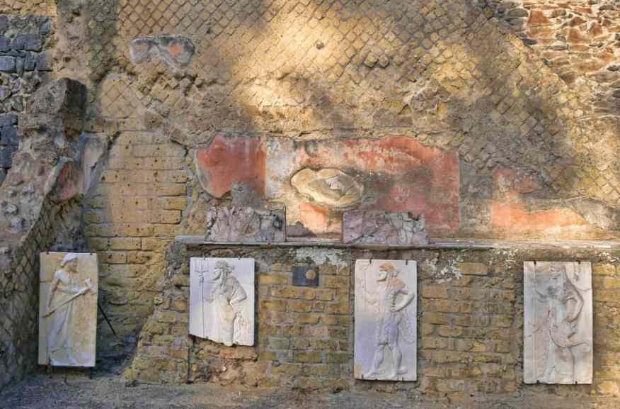 Herculaneum Roman frescoes