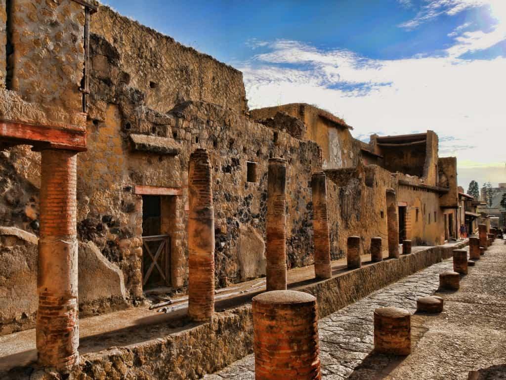 Herculaneum street
