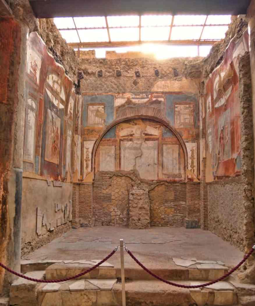 Herculaneum temple of Augustus