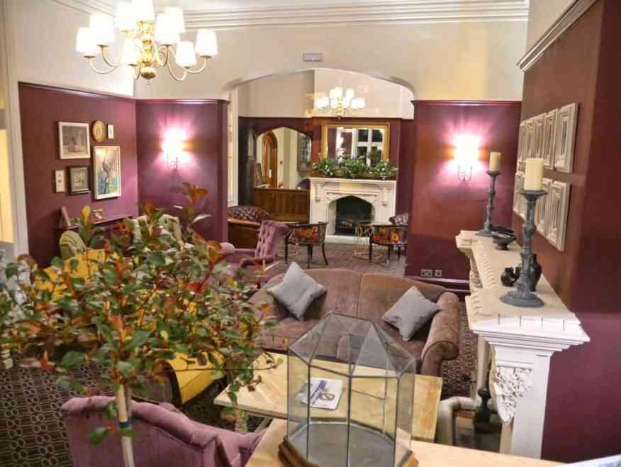 Burley Manor lounge