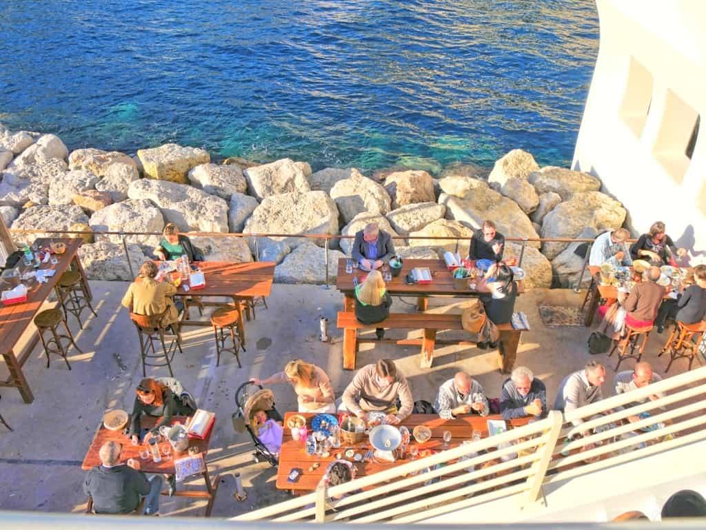 A Hidden Pearl on The Dock of The Bay – Les Perles de Monte-Carlo