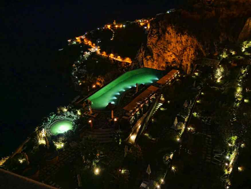 Monastero Amalfi night