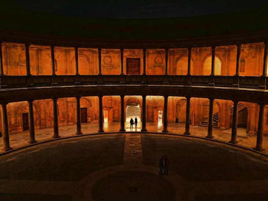 alhambra_palace_granada_night
