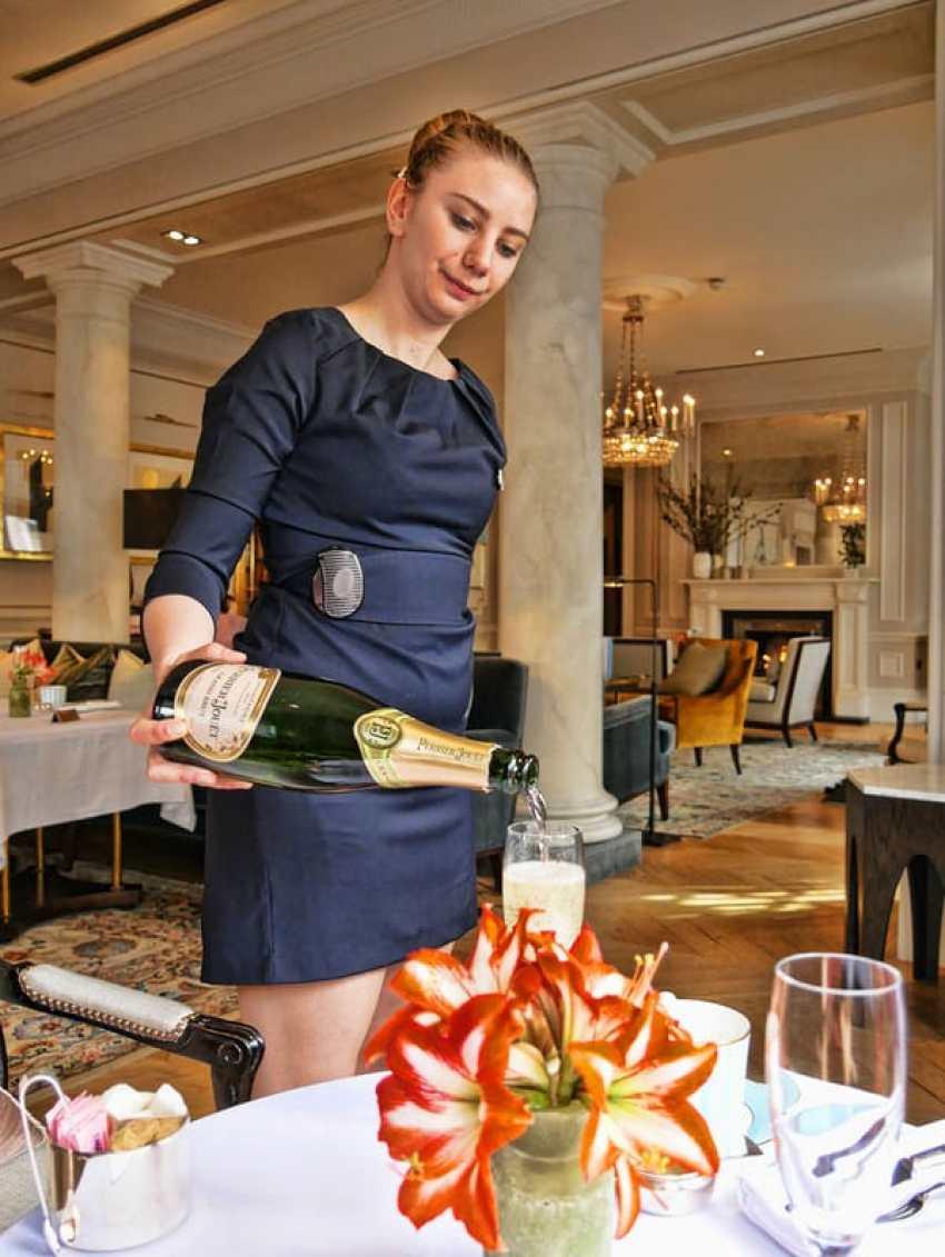kensington_hotel_champagne
