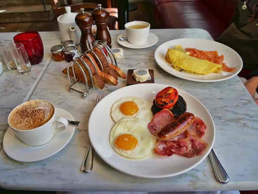 Marriott Grosvenor Square breakfast