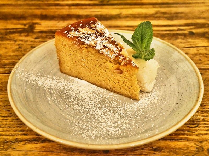 hallys-parsons-green-cake