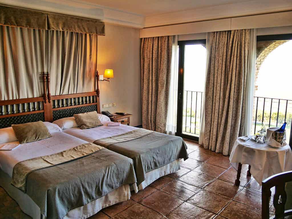 Parador_Carmona_bedroom
