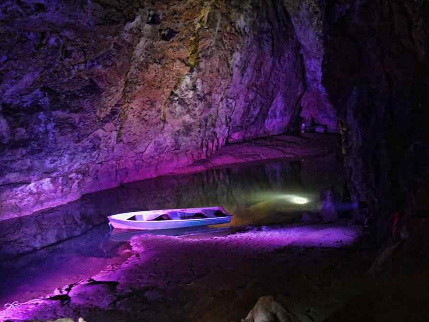 wookey-hole-caves-boat