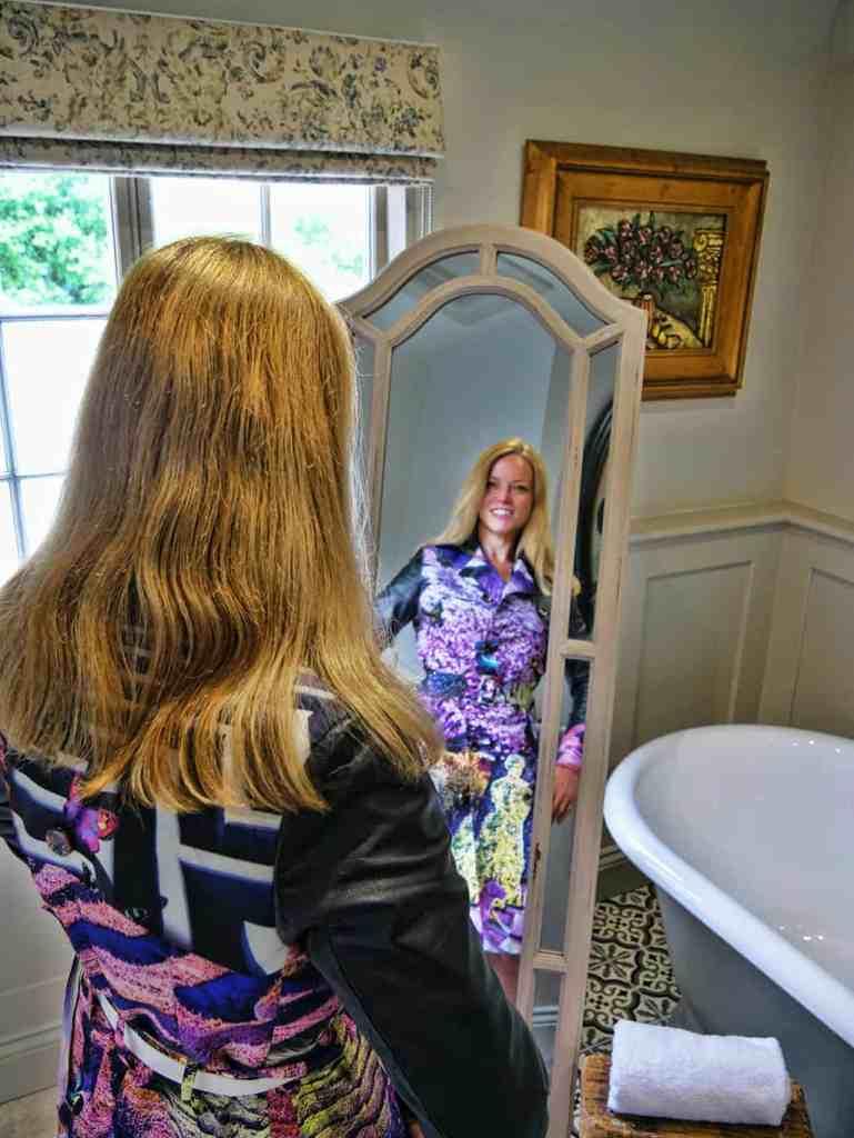 greyhound-on-the-test-mirror