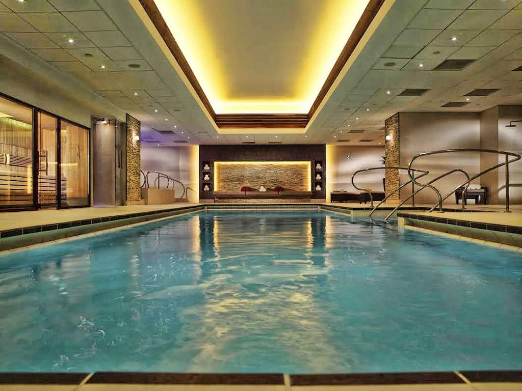landmark-london-pool